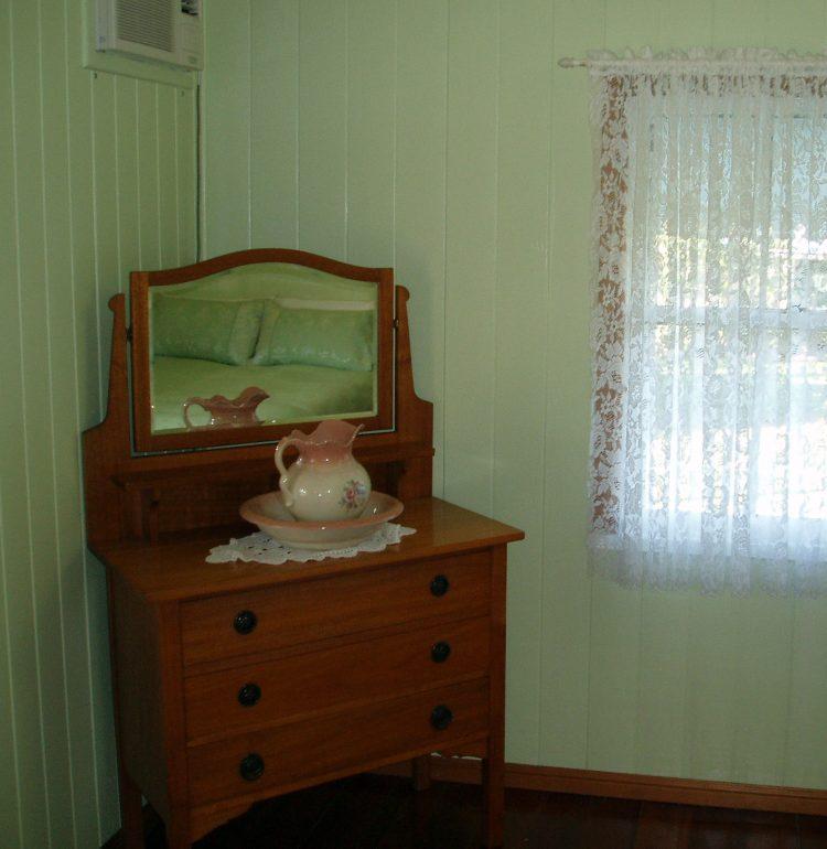 luxury accommodation dayboro